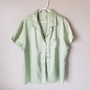 Womens green silky pijama shirt